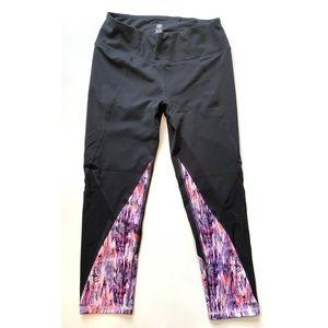 GAIAM Charcoal Feather Print & Mesh Leggings EUC S